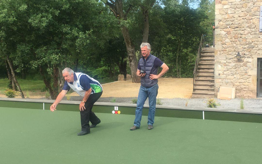 ouverture du premier terrain de lawn bowls en Sud-Ardèche - Philippe Chevalier et Bernard Champey